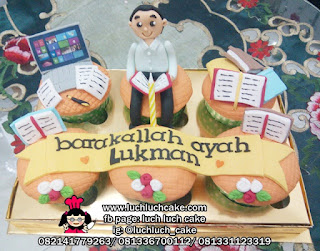Cupcake Tema Pekerja Kantor