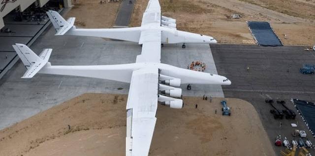 Το μεγαλύτερο αεροσκάφος του κόσμου είναι έτοιμο να κατακτήσει τους αιθέρες [video]
