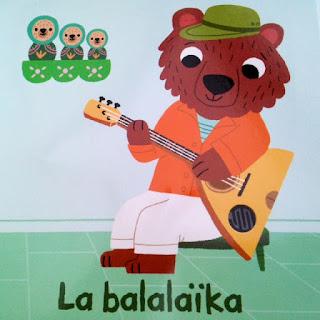 Les instruments du monde - détail la balalaïka