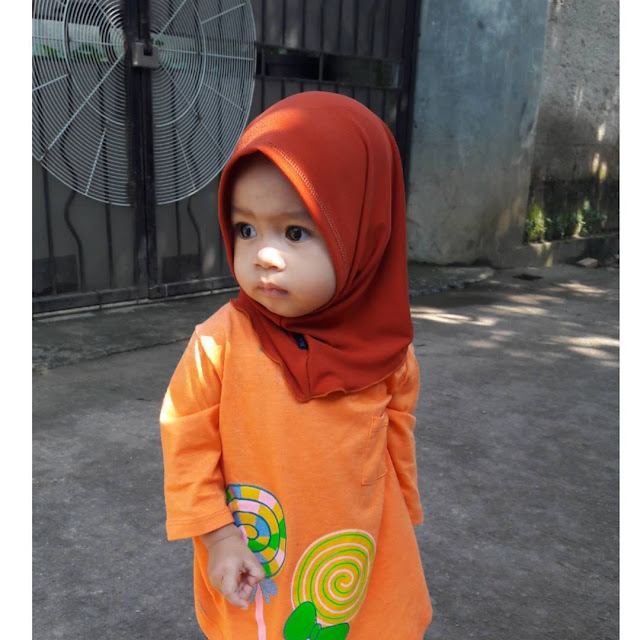Islamic Parenting: Recommend child in Muslim Clothing