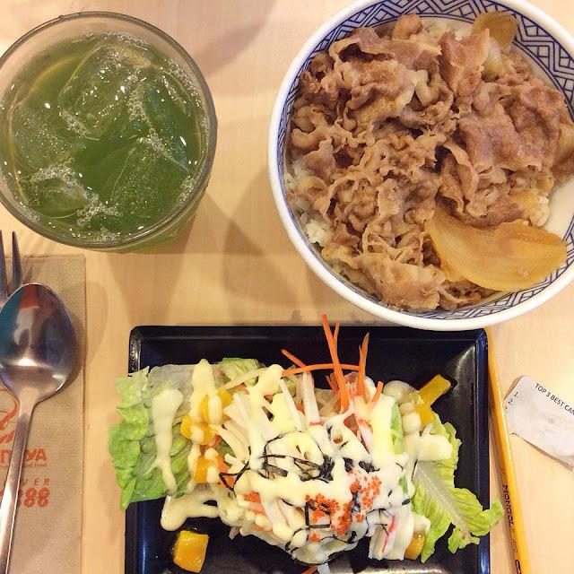 yoshinoya gyudon, kani salad, green tea,