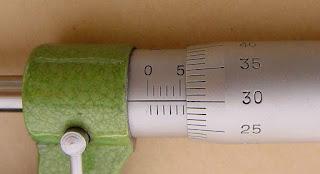 Cara Menggunakan & Membaca Mikrometer Sekrup