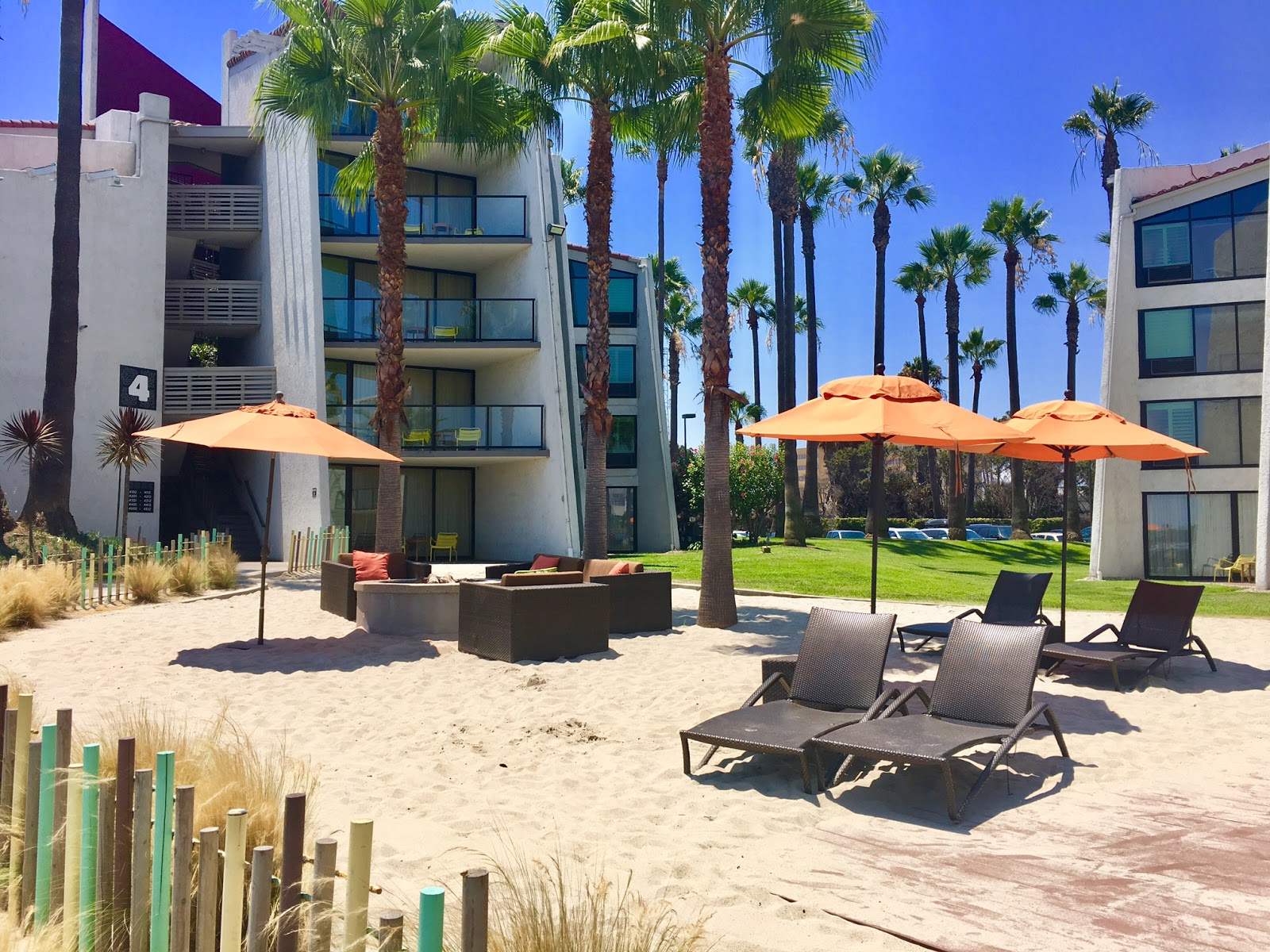 Hotel Maya Review