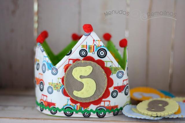 Corona de cumpleaños tractores