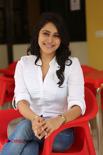 Actress Panchi Bora Pictures in Jeans at Evaru Movie Interview  0233