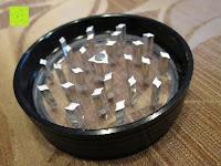 """Deckel innen: DCOU aluminium tabak spice herb mühle / anlage mühle / pollen sammler mit magnetischen cover mit pollen - fänger 4 schichten 2,5 - Zoll """"schwarz"""