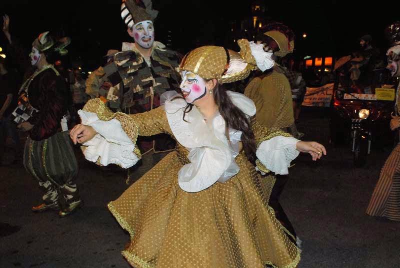 Desfile Inaugural del Carnaval. 2015. Metele que son Pasteles.