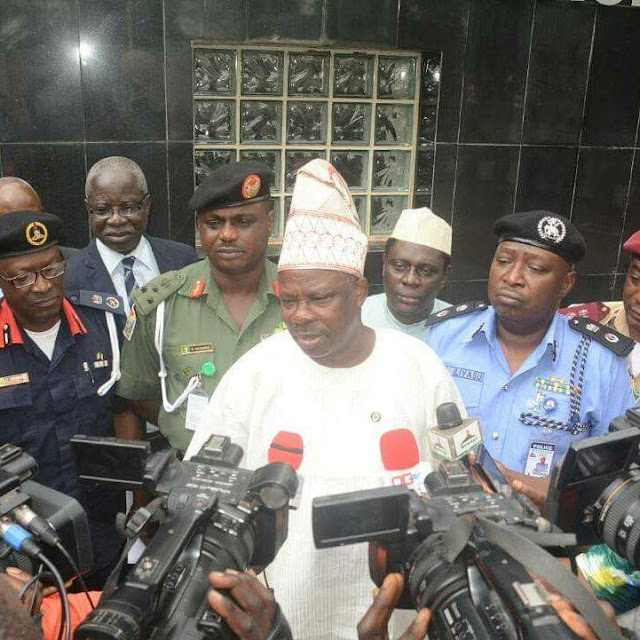 Renounce Your Evil Acts or Face Dire Consequences, Amosun Warns Hoodlums, Criminals in Ogun