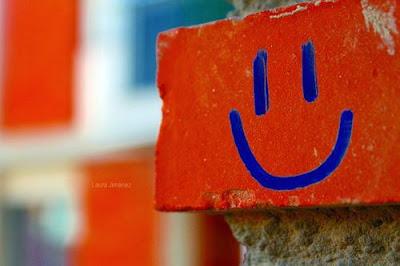 No dejes de estar siempre feliz