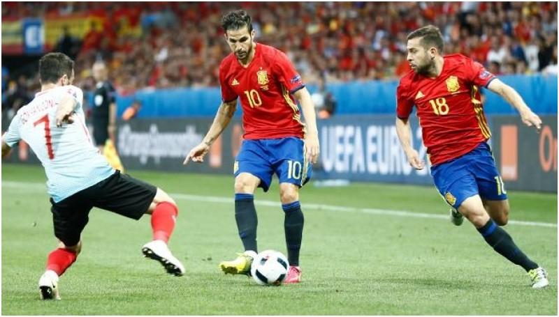 Spanyol akan menghadapi Italia di 16 besar Euro 2016