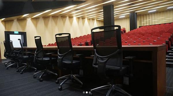 Ruang Konferensi Pers