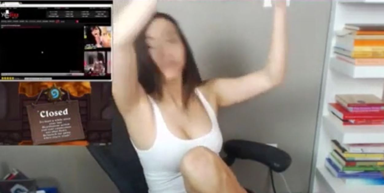 Gamer Girl Gets Ass Fucked
