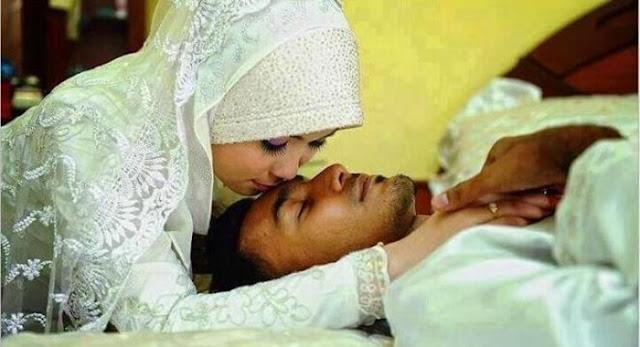 ASTAQFIRULLAH Inilah Pesan Rasulullah Pada Wanita Saat Melayani Suami di Tempat Tidur ... No. 7 Sering Dilakukan Oleh Para Istri .