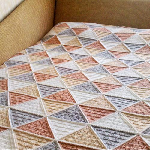 Triforce Blanket - Free Pattern