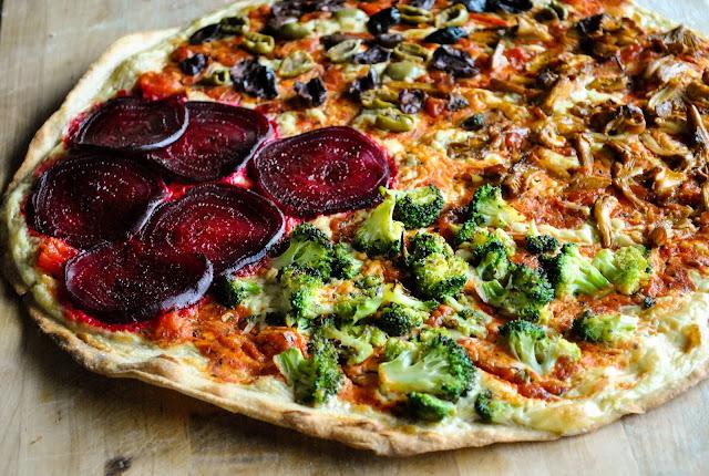 vegan four seasons pizza a k a quattro stagioni yeast free vegansandra. Black Bedroom Furniture Sets. Home Design Ideas