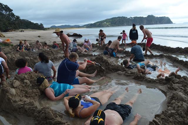 Dia 14 (I): Hot Water Beach, una platja amb aigües termals!