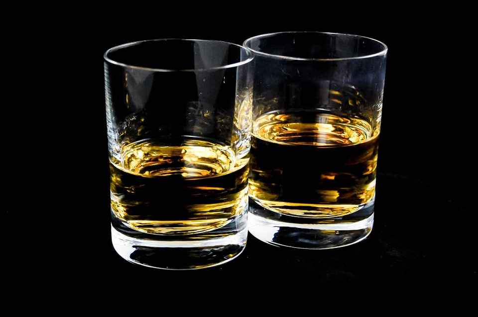 Who does it kill first? Alcohol Affects Men's & Women's Brains Differently
