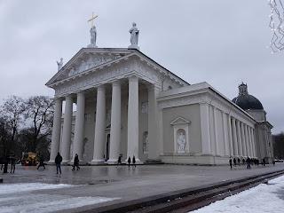 Cathedral (Arkikatedra Bazilika)