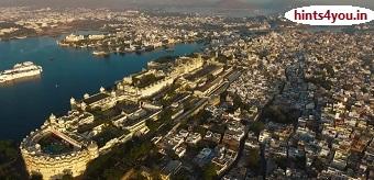 उदयपुर की जो कि राजस्थान में स्थित है, तो पहला प्रश्न यह है कि क्या उदयपुर बॉलीवुड के रूप में अद्भुत है,प्रतिष्ठित महलों, संग्रहालयों और झुकी  झीलों ने उदयपुर को भारत में सबसे रोमांटिक स्थानों में से एक बना दिया है |