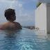 Berenang di Kolam Aquarium Atanaya Hotel, Bali