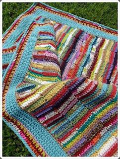 Tığ işi Bebek Battaniye Modelleri 1