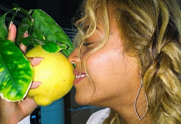 Lemonade Bridal Shower Invitations