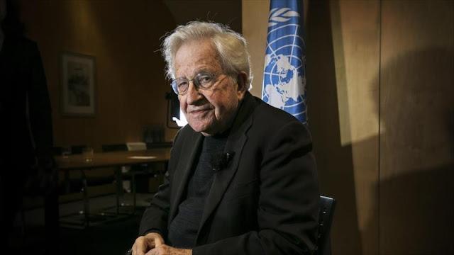 Chomsky: una guerra nuclear sería peor con Trump como presidente