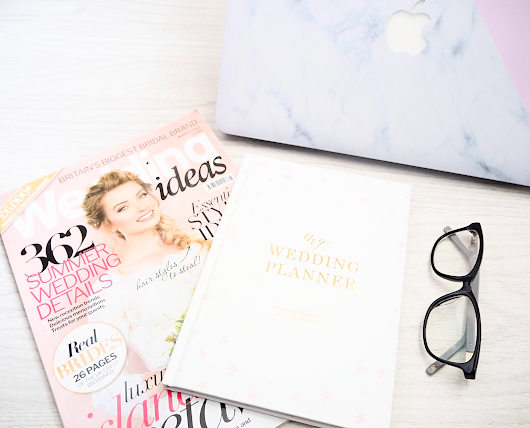 Wedding | Planning with the Blush and Gold Luxury Starry Wedding Planner Book