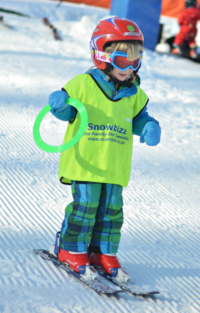 2 year old skiing, snowbizz, toton, ski school, toddler skiing