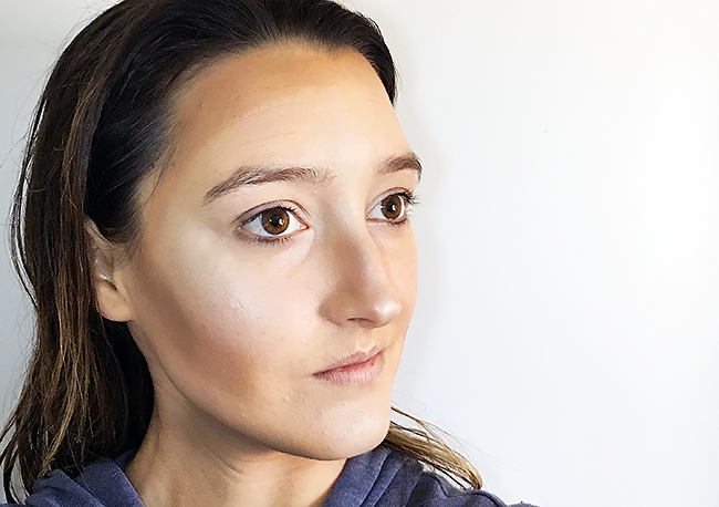 How-To Contour with BECCA Low Light/High Light Perfecting Palette