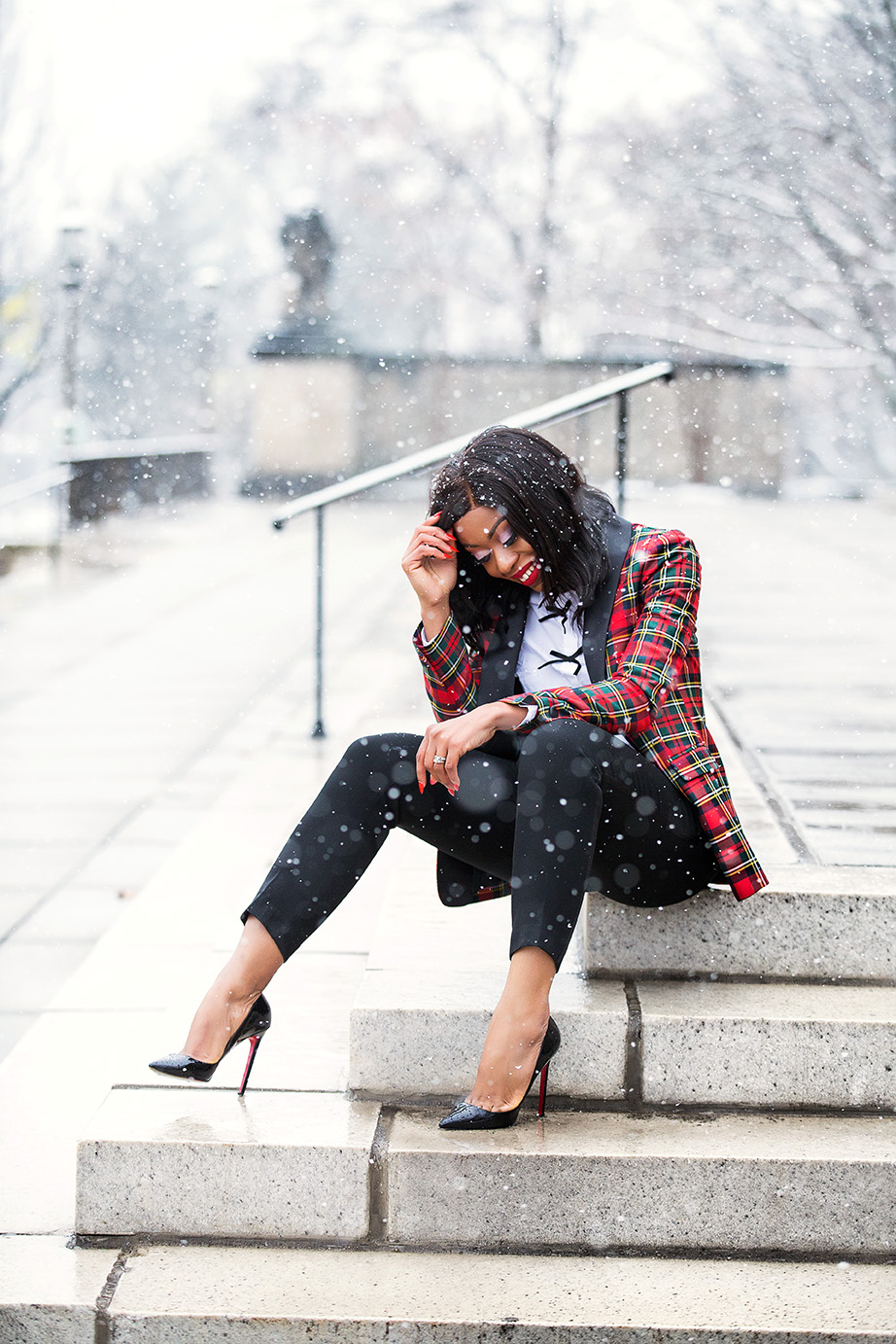 Plaid for holiday style, www.jadore-fashion.com