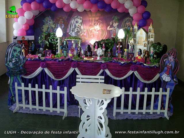 Mesa decorada tradicional luxo de tecido - Decoração mesa de aniversário Monster High para festa infantil feminina