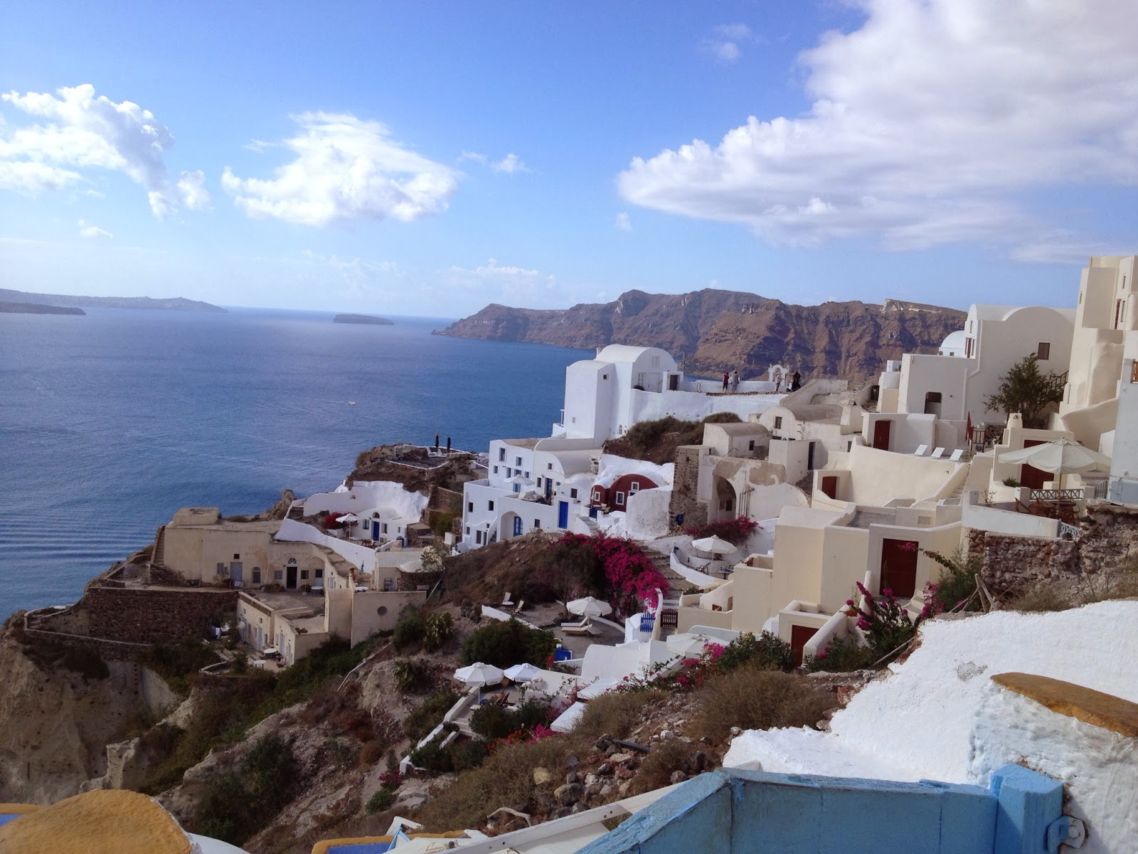 Santorini - View during breakfast