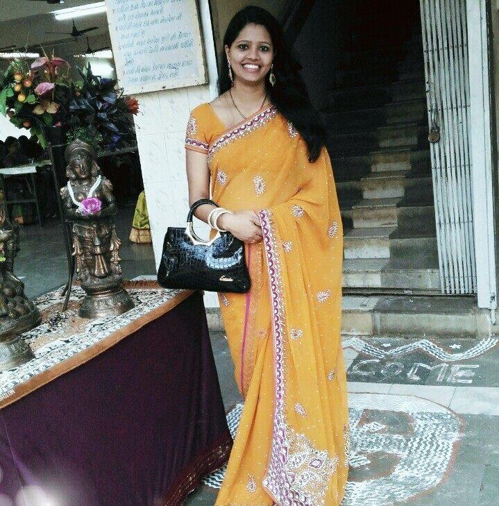 Top 50 Real Indian Housewife Bhabhi Saree Hot Sexy -8178