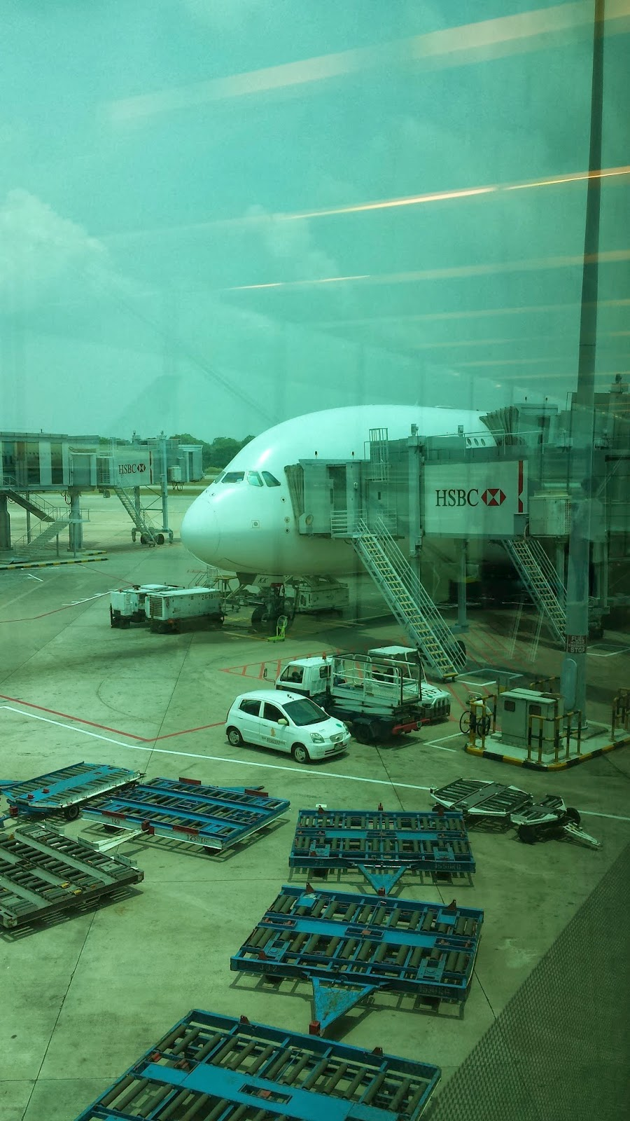 Allison Abroad: Flight Review: My Singapore Airlines A380 ...