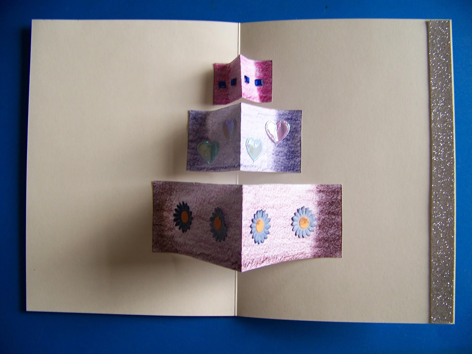 A Pretty Talent Blog Making A PopUp Birthday Card For An Upside – Make a Pop Up Birthday Card