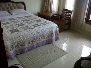 Villa Bagasta Vila Istana Bunga Lembang 9 Kamar Tidur