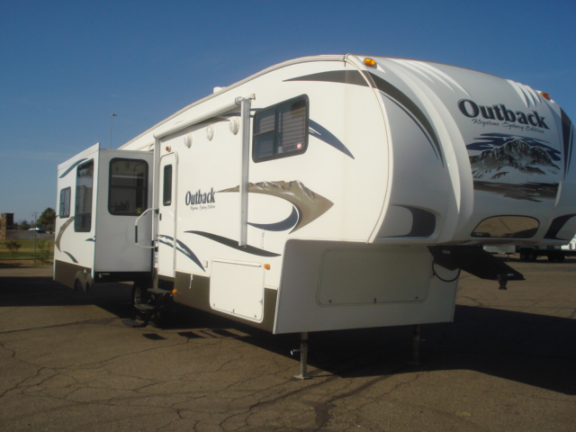 used rvs for sale arizona rv consignment specialist sun city used fifth wheel rv trailer for. Black Bedroom Furniture Sets. Home Design Ideas