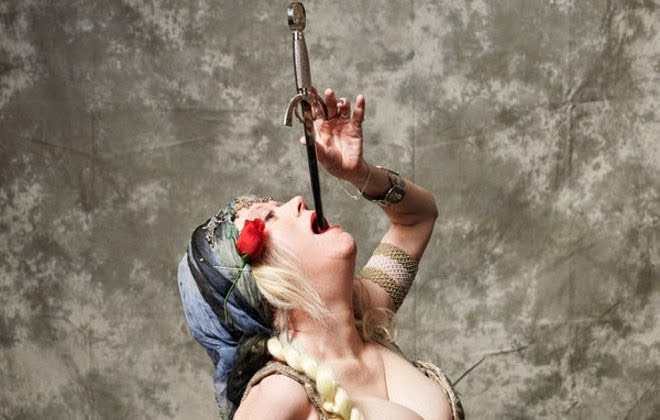 Resultado de imagen para natasha veruschka sword swallower