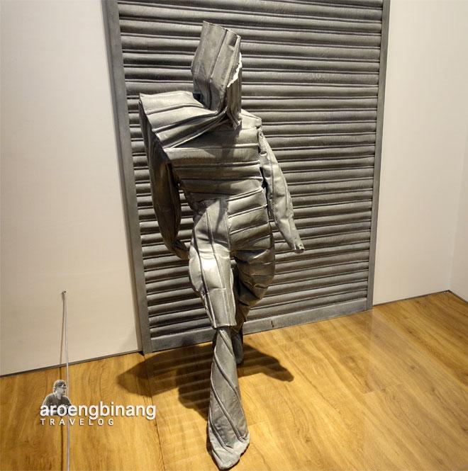 the inventor of mirrors juan munoz museum macan modern and contemporary art in nusantara jakarta barat