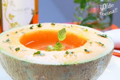 http://pachuparselosdedos.blogspot.com.es/2013/10/melon-cantalupo-con-moscatel-y-toque-de.html