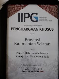Gubernur Kalsel Raih Anugerah Pandu Negeri 2017