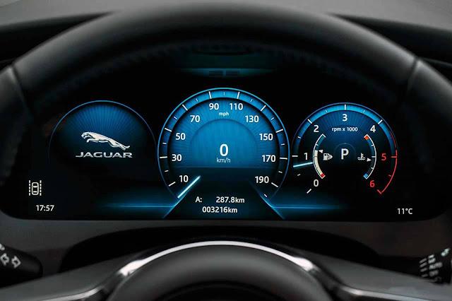 Jaguar F-Pace Brasil - painel