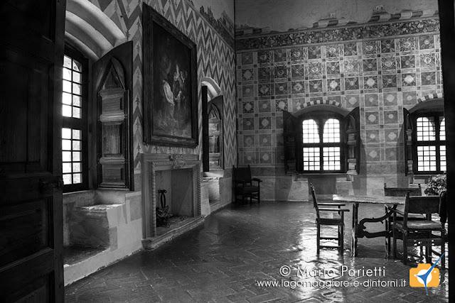 Rocca di Angera, sale storiche in bianco e nero