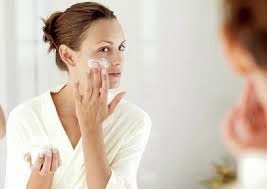 Tips Menjaga Kecantikan Sebelum Tidur