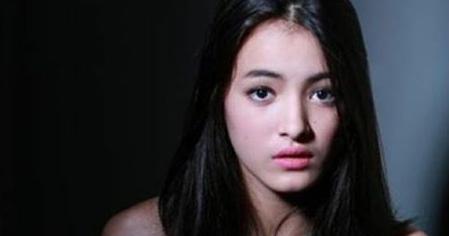 Biodata dan Profil Mawar Eva De Jongh Pemeran Dania ...
