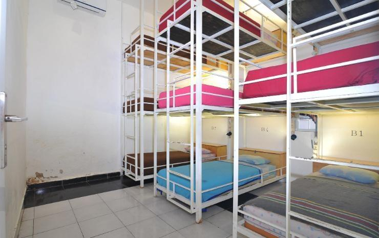 Bedbunkers Hostel 2 - Beachwalk Bali