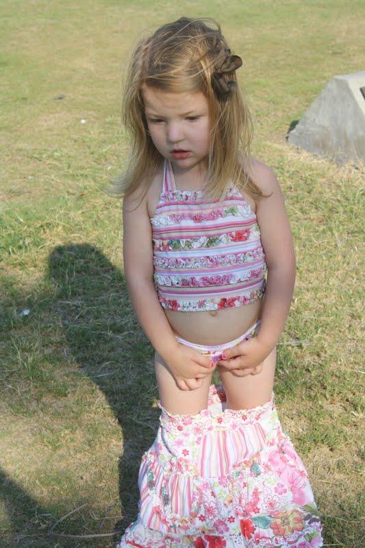 Pull Down Her Panties 89