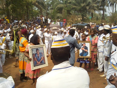 photos of dede one day burial