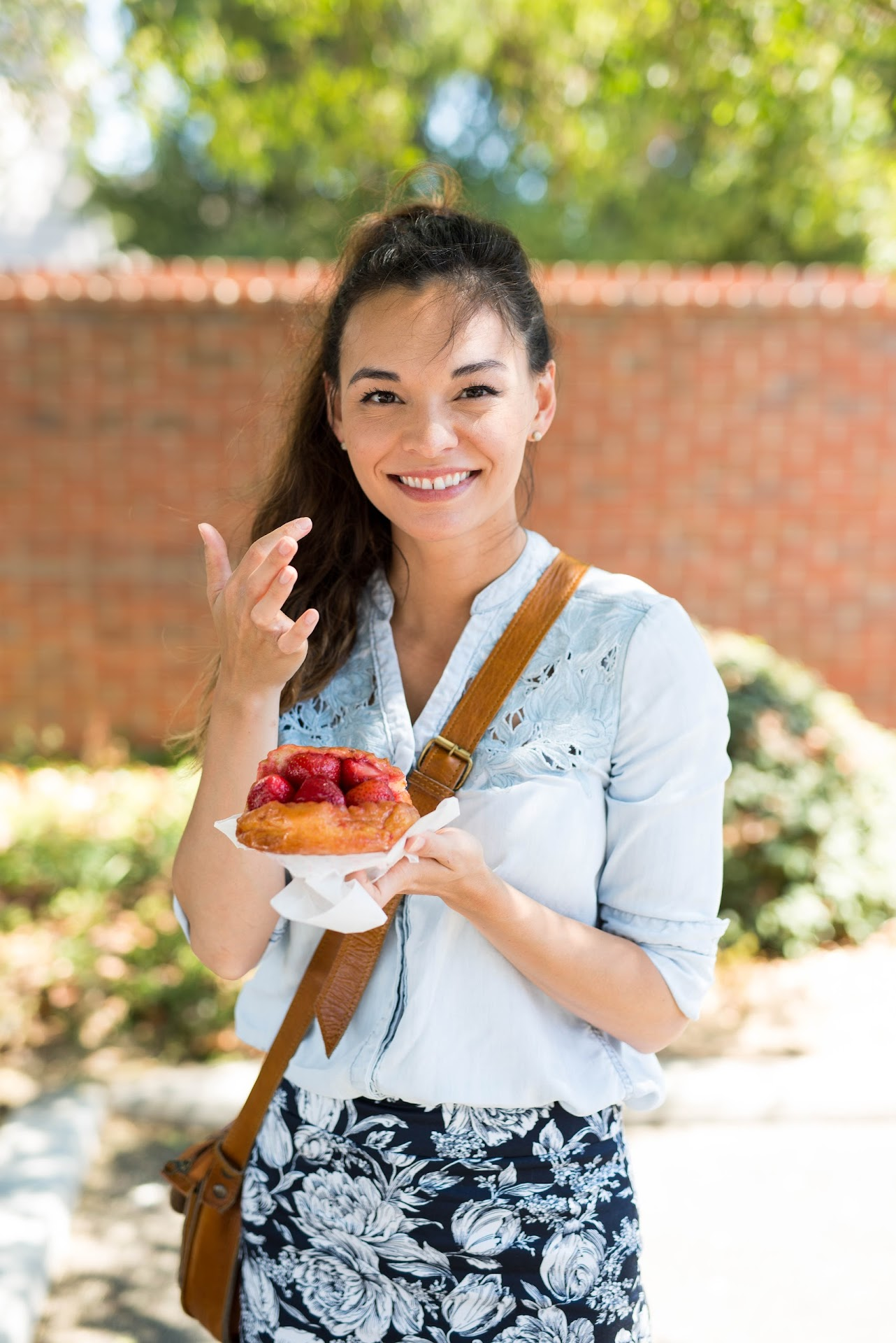 california food blogger, best donuts review, doughnuts, the donut man glendora, strawberry donut, famous, asian, korean, japanese, lds mormon, la food reviews